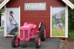 Pink tractor of Moods